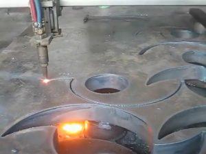 Ce aprobó la antorcha de corte por llama portátil cnc máquina de corte por plasma en la fábrica de China